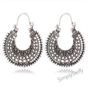 🎉JUST IN🥰 Boho Silver Tibetan Style Earrings